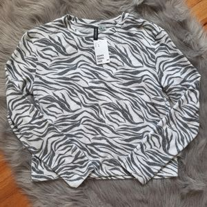 H&M Divided Soft Long Sleeve Patterned Top